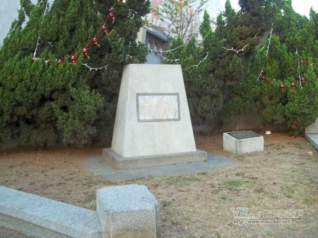 法國海軍中將孤拔紀念碑主照片