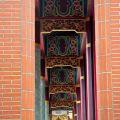 文石書院(澎湖孔廟)-迴廊上方整齊畫一的雕飾照片