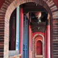 吳鳳廟 與 吳鳳成仁地-迴廊照片