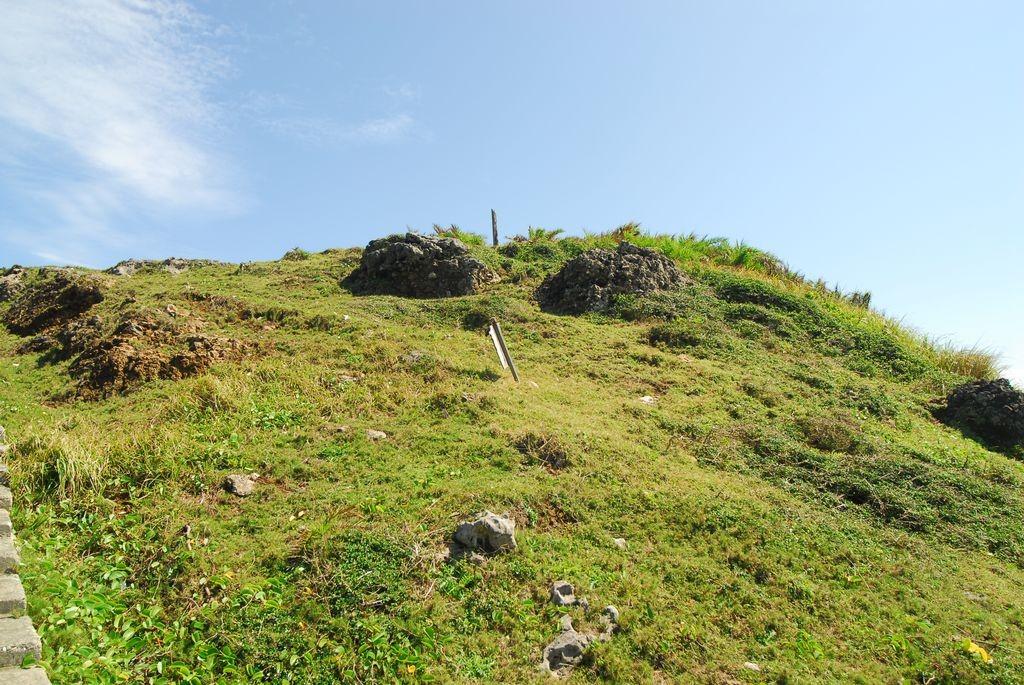 帆船鼻草原(綠島地毯)主照片