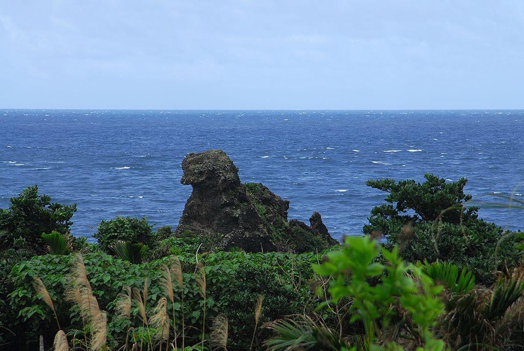母雞岩(ji-yakmeimanomannok)主照片