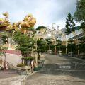 玉山寶光聖堂-往後殿步道照片