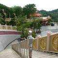 玉山寶光聖堂-園區步道照片