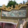 玉山寶光聖堂-高23公尺壯觀的龍華大會護墻-左側照片