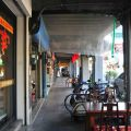 新化老街-老街建築下方的騎樓2照片