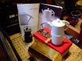 九份茶坊-以礦工燈為參考範例所設計的茶具組照片