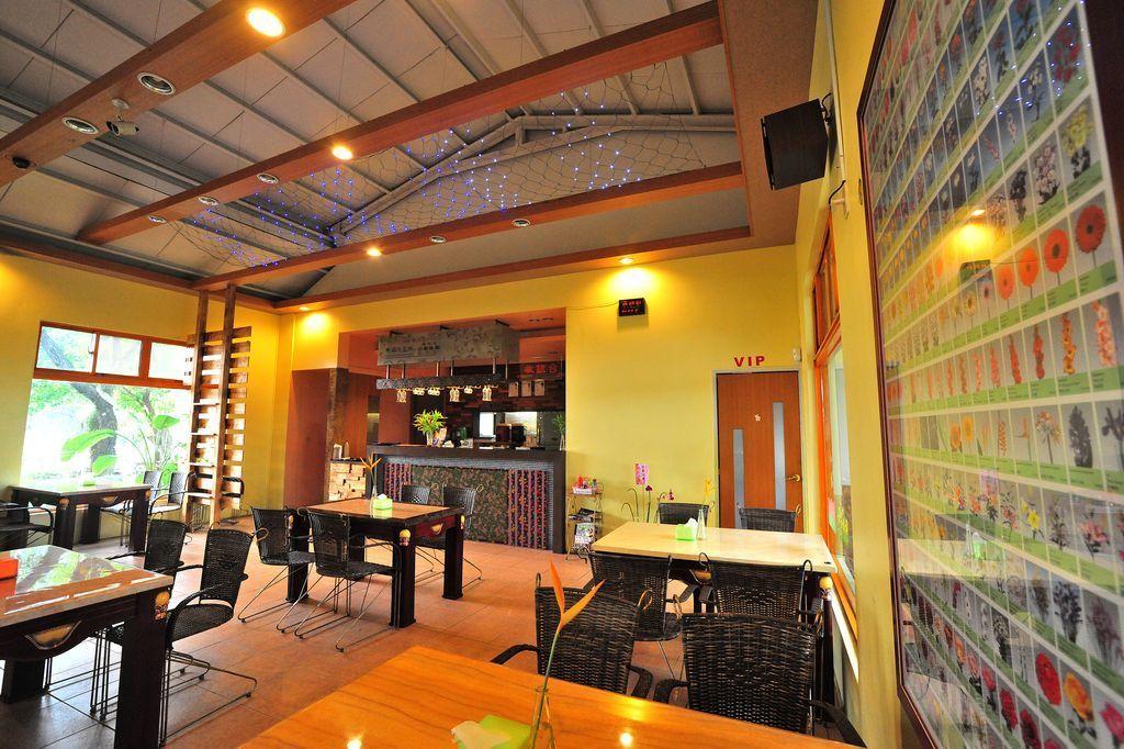 綠光森林-複合式音樂餐廳主照片